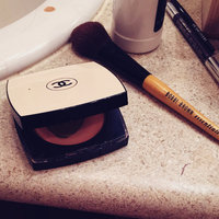 CHANEL Les Beiges Healthy Glow Sheer Powder SPF 15 / PA++ uploaded by Alisa A.