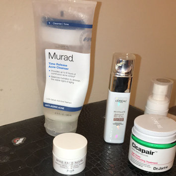 L'Oréal Paris Revitalift Bright Reveal SPF 30 Moisturizer uploaded by Kaitlyn J.