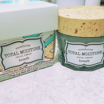 Photo of Benefit Cosmetics Total Moisture Facial Cream uploaded by Ruth K.