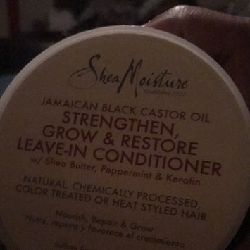 SheaMoisture Jamaican Black Castor Oil Strengthen, Grow & Restore Leave-In Conditioner uploaded by Marjorie S.