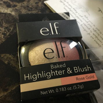 Photo of e.l.f. Cosmetic Highlighter Medium Multi-color .183 oz, Rose Gold uploaded by Bailey B.