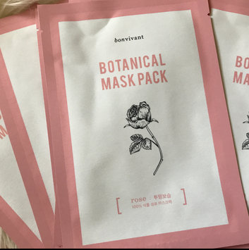 BONVIVANT Rose Botanical Mask Pack uploaded by jamie Q.