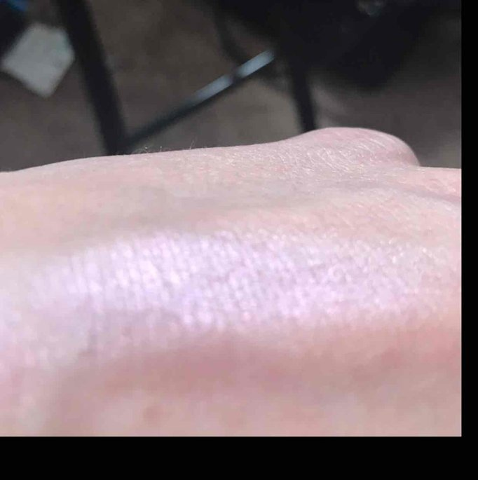 BECCA Shimmering Skin Perfector Pressed Prismatic Amethyst uploaded by kirsten b.