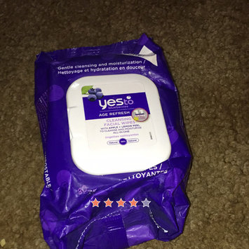 Photo of Yes To Blueberries Cleansing Facial Wipes uploaded by Alexa B.