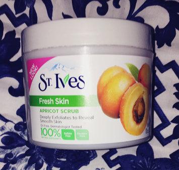 St. Ives Blemish Control Apricot Scrub uploaded by Keneshia M.