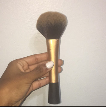 Photo of Real Techniques by Samantha Chapman Powder Brush uploaded by Dominique V.