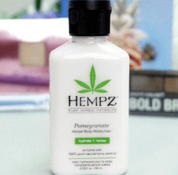 Hempz Pomegranate Herbal Moisturizer uploaded by Janette M.