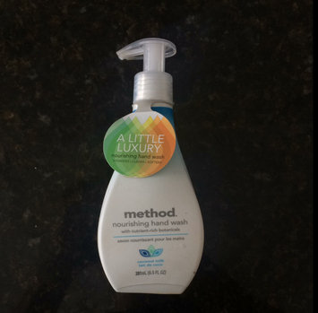 Photo of Method Nourishing Hand Wash Coconut uploaded by Esther M.