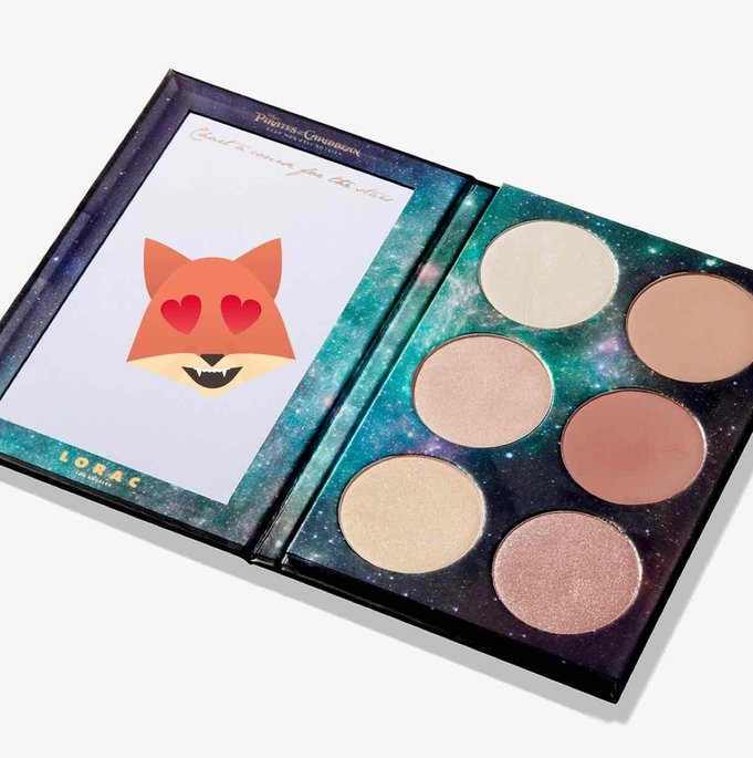 Disney's Pirates of the Caribbean Cheek Palette uploaded by Thanh Huyen N.