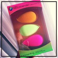 beautyblender BEAUTYBLENDER SUMMER. FLING uploaded by Candy B.