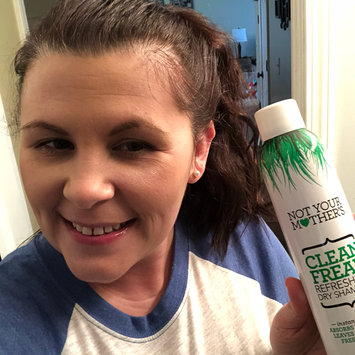 Photo of Not Your Mother's® Clean Freak™ Refreshing Dry Shampoo uploaded by Abi W.