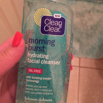 Clean & Clear Morning Burst Oil-Free Facial Cleanser uploaded by Lacey C.