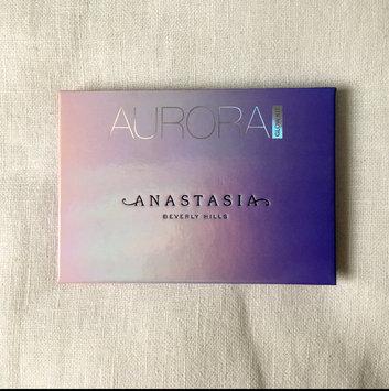 Anastasia Beverly Hills Aurora Glow Kit uploaded by Briony H.
