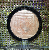 Maybelline Facestudio® Master Chrome Metallic Highlighter uploaded by Haley S.