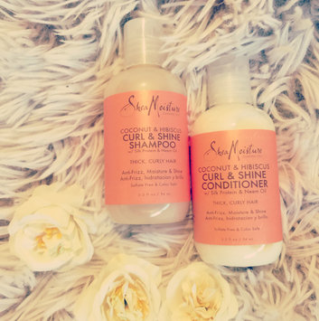 Photo of SheaMoisture Coconut & Hibiscus Curl & Shine Shampoo uploaded by Leslye Q.