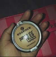 Essence Pure Nude Highlighter uploaded by Angela L.