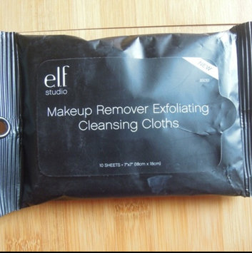 e.l.f. Studio Makeup Remover Cleansing Cloths uploaded by Chelsie J.
