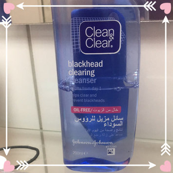 Clean & Clear ESSENTIALS Deep Cleaning Toner For Sensitive Skin uploaded by Dana A.