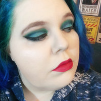 BH Cosmetics Eyes on the 70s uploaded by April C.