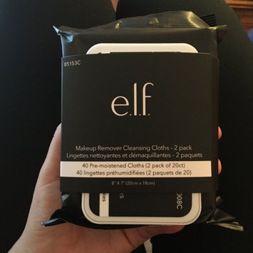 Photo of e.l.f. Makeup Remover Exfoliating Cleansing Cloths uploaded by Chatel P.