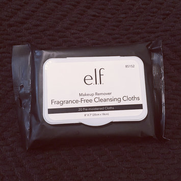 Photo of e.l.f. Makeup Remover Exfoliating Cleansing Cloths uploaded by april n.