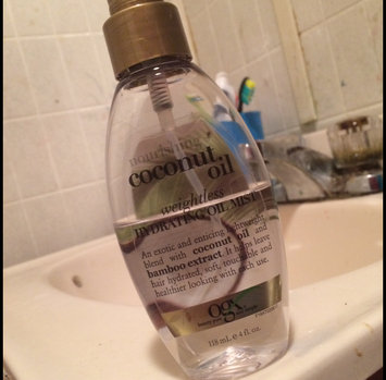OGX® Coconut Oil Weightless Hydrating Oil Mist uploaded by Yesenia M.
