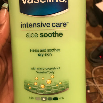 Vaseline® Intensive Care™ Aloe Soothe Lotion uploaded by Aleida C.