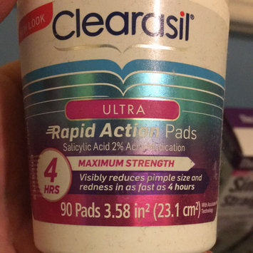 Photo of CLEARASIL® Rapid Rescue Deep Treatment Pads uploaded by Tanya R.