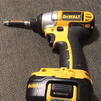 DEWALT DC827KL Cordless Impact Driver Kit,18V,1/4 In. uploaded by Mandy B.