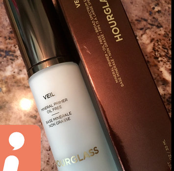 Hourglass Veil Mineral Primer SPF 15 uploaded by Amanda A.