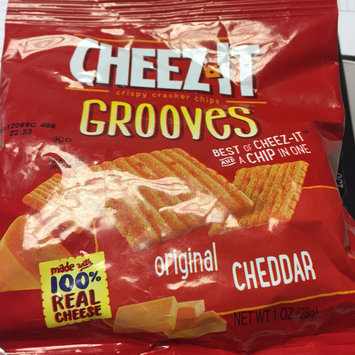 Photo of Cheez-It Grooves™ Hot & Spicy Cheddar uploaded by Michelle B.