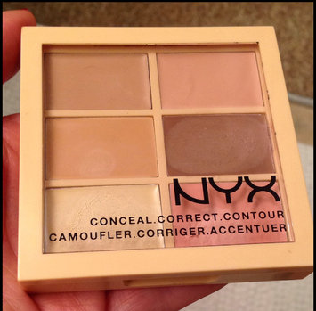 NYX Cosmetics Correct Contour Concela - Light uploaded by Carolina P.