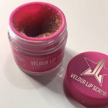 Jeffree Star Velour Lip Scrub uploaded by Jeneia P.