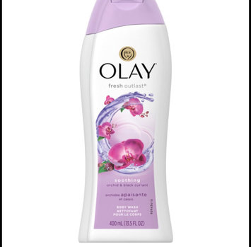 Olay Fresh Outlast Body Wash, Cooling White Strawberry & Mint, 13.5 fl oz uploaded by Melanie S.