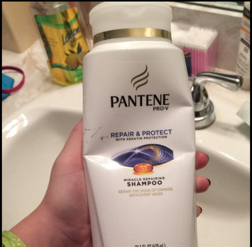 Photo of Pantene Pro-V Classic Clean Shampoo uploaded by Savannah F.
