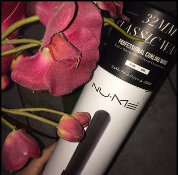 Photo of Nume Classic Curling Wand 1 1/4