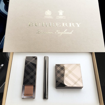 BURBERRY Fresh Glow Highlighter uploaded by Selina T.