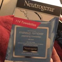 Neutrogena® Makeup Remover Cleansing Towelettes uploaded by Joseline G.