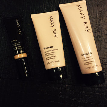 Photo of Mary Kay TimeWise 3 in 1 Cleanser & Age Fighting Moisturizer Normal to Dry uploaded by Supriya S.