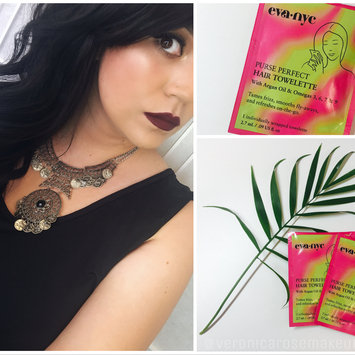 Eva NYC Purse Perfect Hair Towelettes uploaded by Veronica R.