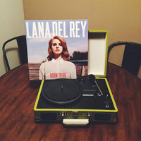 Universal LANA DEL REY - BORN TO DIE: DELUXE EDITION uploaded by Krysteena L.