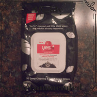 Yes to Tomatoes Clear Skin Detoxifying Charcoal Facial Wipes uploaded by Stephanie S.
