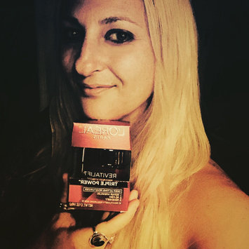 Photo of L'Oréal Paris RevitaLift Anti-Wrinkle + Firming Day Cream SPF 18 uploaded by Marisa D.
