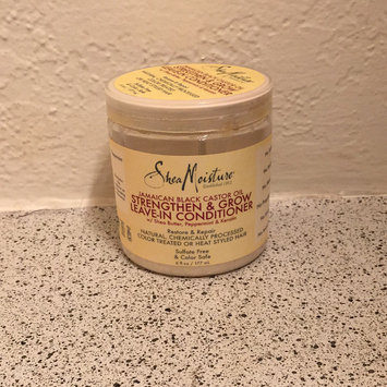 SheaMoisture Jamaican Black Castor Oil Strengthen, Grow & Restore Leave-In Conditioner uploaded by Krysteena L.