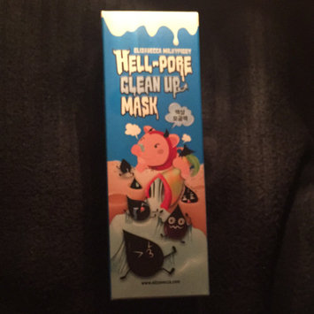 Photo of Elizavecca Hell-Pore Clean Up Mask uploaded by Ellee D.