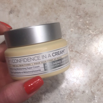 It Cosmetics Confidence in a Cream Transforming Moisturizing Super Cream uploaded by Erica J.