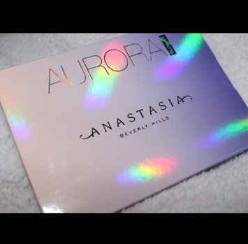 Anastasia Beverly Hills Aurora Glow Kit uploaded by Ariel R.