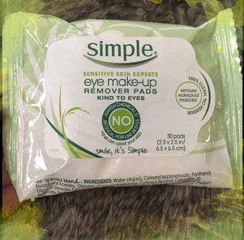 Simple® Eye Makeup Remover Pads uploaded by Brandy D.