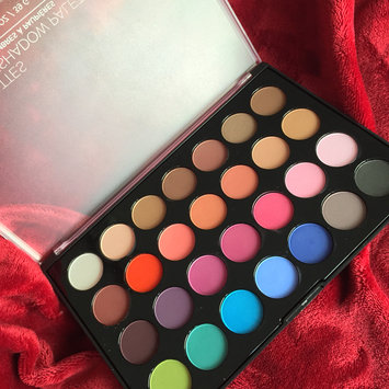 Modern Mattes - 28 Color Eyeshadow Palette uploaded by Sabrina R.