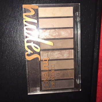 COVERGIRL truNAKED Shadow Palettes uploaded by Julia G.